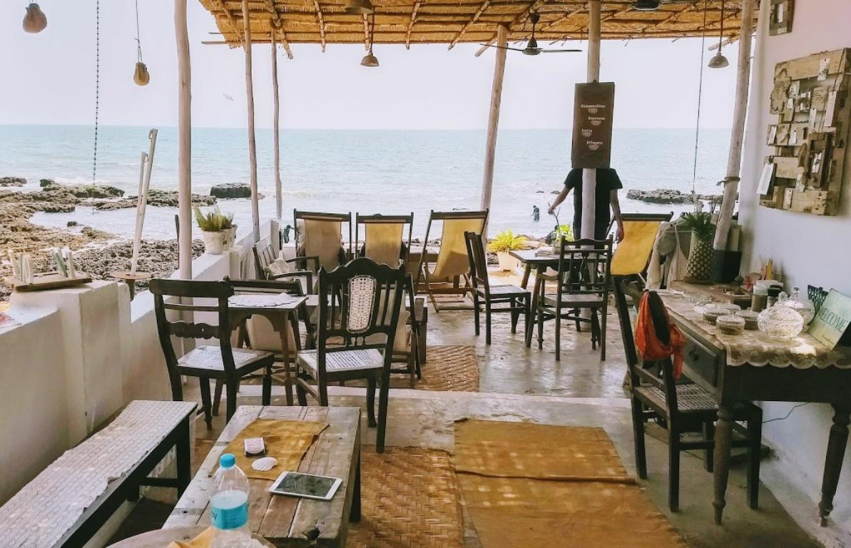Eva-Cafe-Anjuna